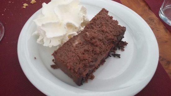Cunit, Espanha: Pastel de chocolate con nata