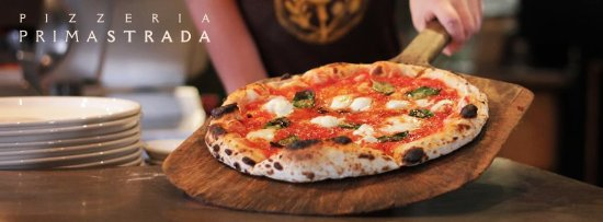 Cobble Hill, Canada: At Prima Strada we are passionate for the fire-roasted pizzas born in Naples, Italy. We pay homa