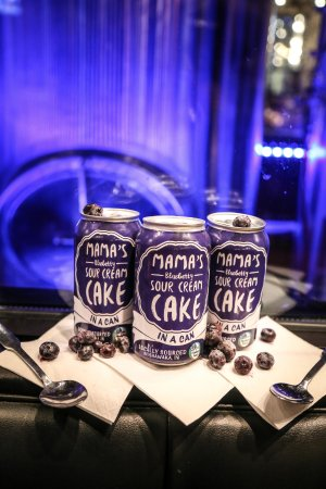 Mishawaka, IN: It's cake... IN A CAN! Mama's Blueberry Sour Cream Cake
