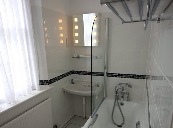 Hovingham, UK: Single Room Bathroom