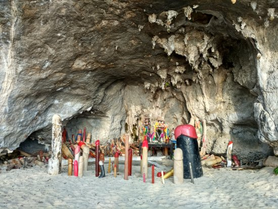 Photo of Beach PhraNang Cave Beach at กระบี่, Ao Nang 81000, Thailand