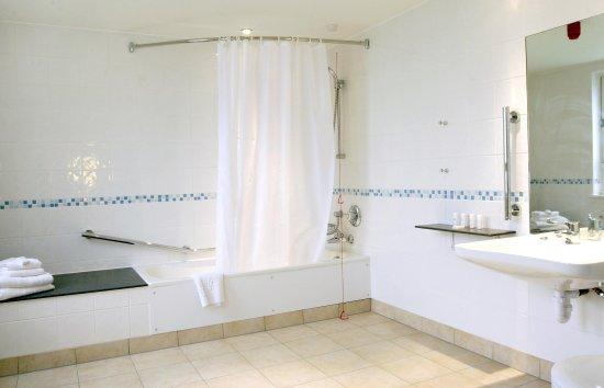 Bexley, UK: Guest Bathroom