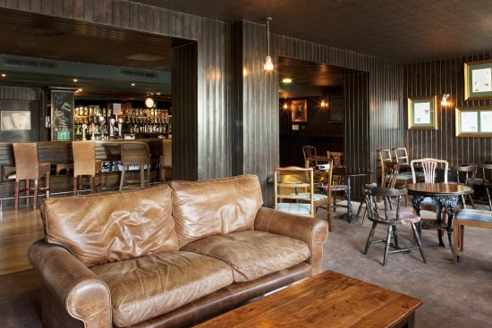 Westhill, UK: Bar and Lounge