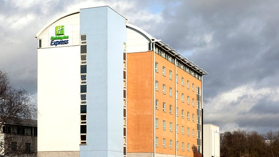 Holiday Inn Express London-Limehouse: Hotel Exterior