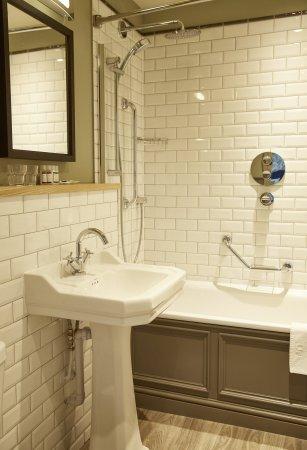 Sticklepath, UK: Bathroom Sink