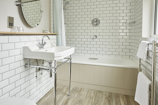 Sticklepath, UK: Refurb Bathroom
