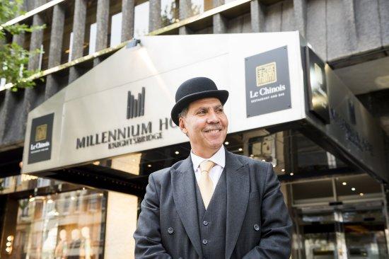 Millennium Hotel London Knightsbridge: Hotel Entrance