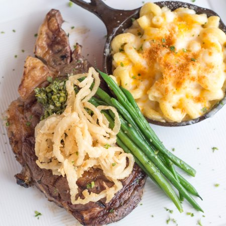 Atlantic Beach, FL: steak and macaroni and cheese