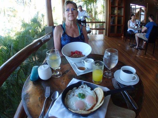 Mal Pais, Costa Rica: The eggs, salsa and tortillas - fantastic!