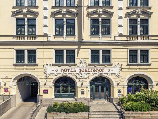 Mercure Josefshof Wien am Rathaus: Exterior