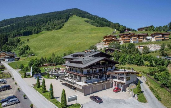 Photo of Interstar Hotel Saalbach