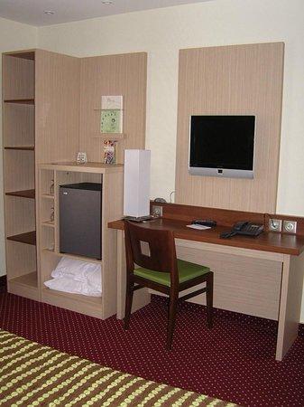 Hotel Terminus Montparnasse : Guest Room