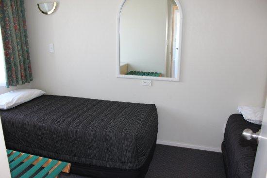 Havelock North, Nueva Zelanda: Two single beds in a One Bedroom Unit