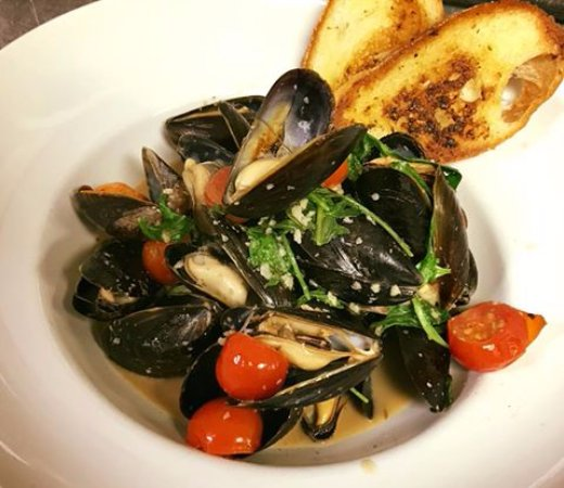 Quincy, MA: mussels