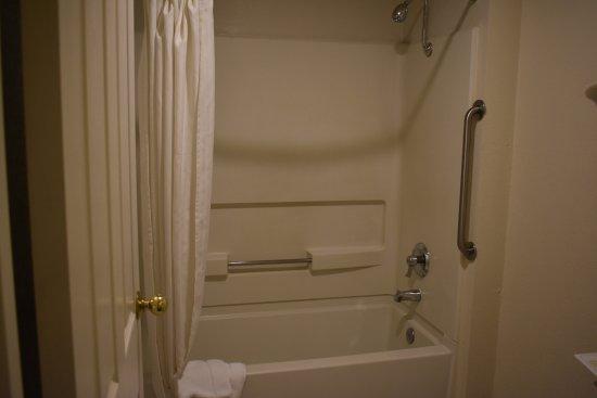 Selma, Kaliforniya: Guest Bathroom