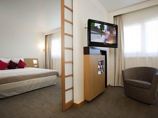 Saint-Quentin-en-Yvelines, Frankreich: Guest Room