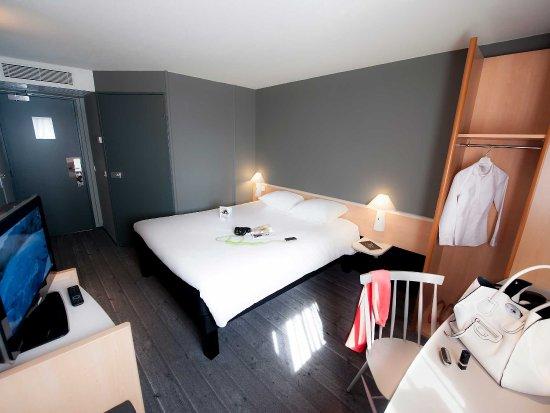 Saint Herblain, France: Guest Room