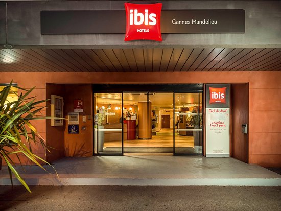 Photo of Ibis Cannes Mandelieu Mandelieu La Napoule