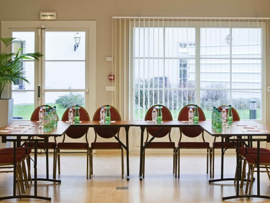 Rambouillet, France: Meeting Room