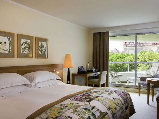 索菲特比亞里茨樂美麗華海溫泉飯店