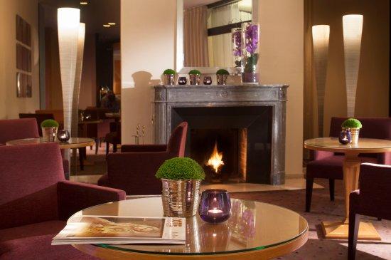 Salon Bar_TOP Garden Elysee Hotel Paris