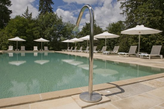 Lacave, France: Overflowed Heated Swimming pool