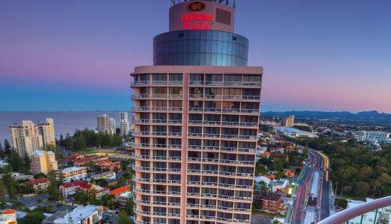 クラウンプラザ ホテル ゴールドタワー サーファーズ パラダイス