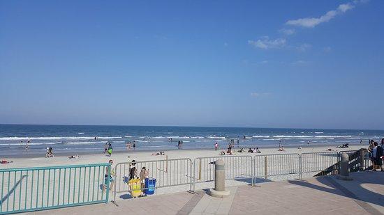 Beach at Daytona Beach: 20170322_171844_large.jpg