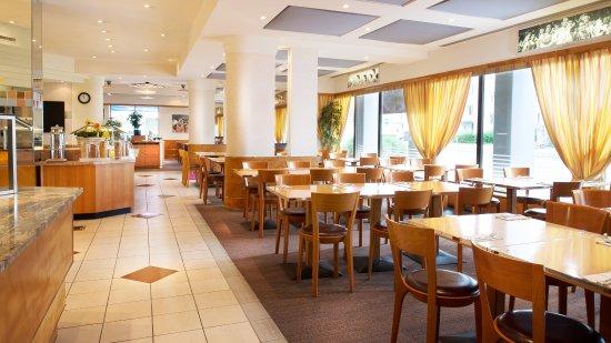 Crowne Plaza Zurich Hotel