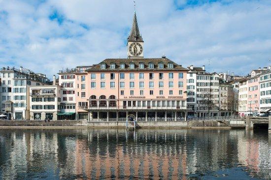 Storchen Zurich: Limmat View