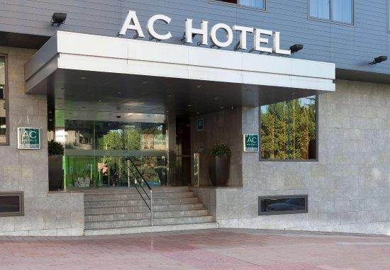 AC Hotel Ponferrada : Entrance