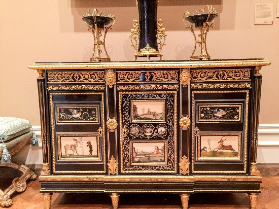 The Getty Center: Intricate cabinet with pictured panels
