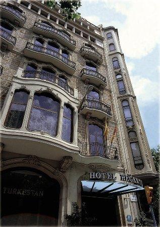 Hotel HCC Regente: Exterior View