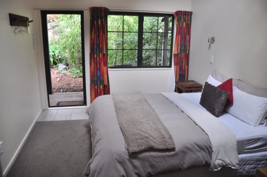 Taihape, New Zealand: Riverside ensuite room view