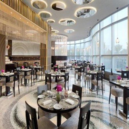 Jumeirah Emirates Towers: JETMundo