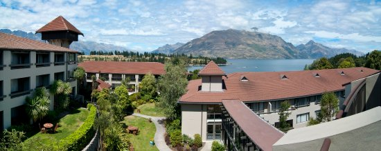 Copthorne Hotel and Resort Queenstown Lakefront : Exterior - Lakeside