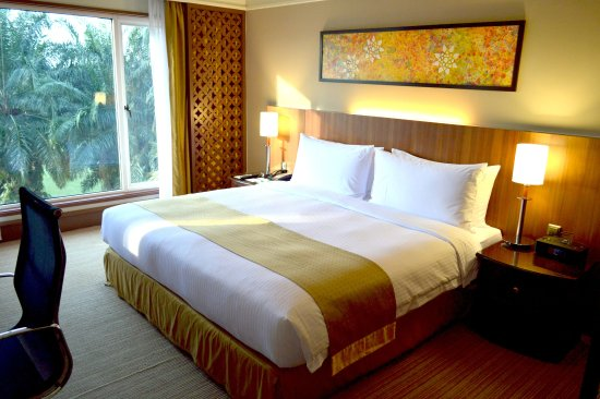 Holiday Inn Kuala Lumpur Glenmarie: 1 King Bed Deluxe Suite Non Smoking