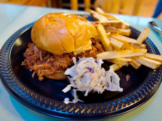 Idyllwild, CA: BBQ Sandwich with Fries and Slaw