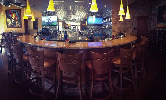 Lakeway, TX : The perfect bar for happy hour!
