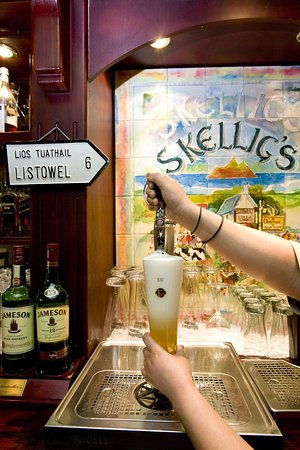 Erinvale Estate Hotel: Skelligs Pub