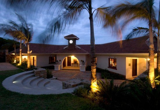 African Pride Audacia Manor Boutique Hotel: Hotel Grounds
