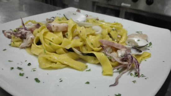 Poppi, Ιταλία: pasta fresca fatta in casa tirata al momento