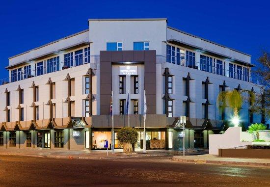프로티 호텔 오아시스