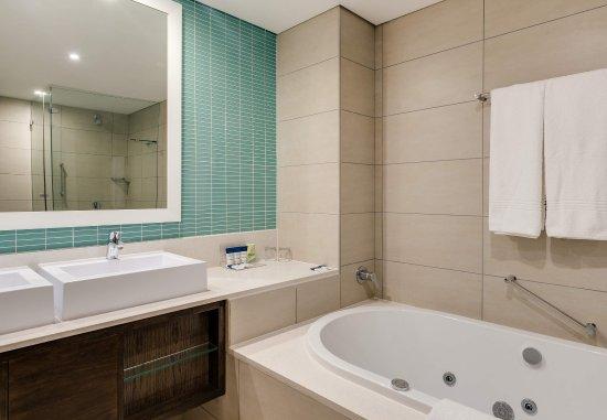 Illovo Beach, South Africa: Presidential Suite - Bathroom