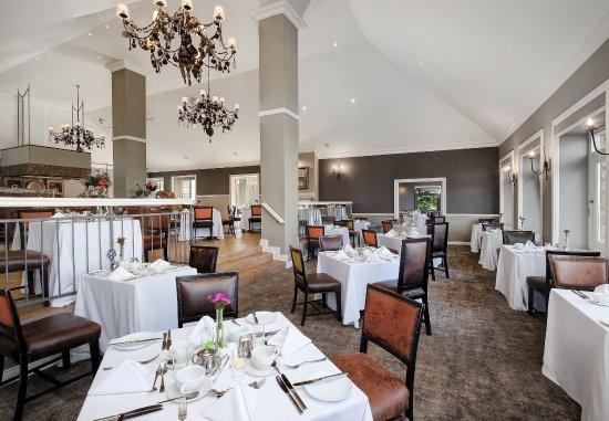 Magaliesburg, Sudáfrica: Twist Restaurant - Seating Area
