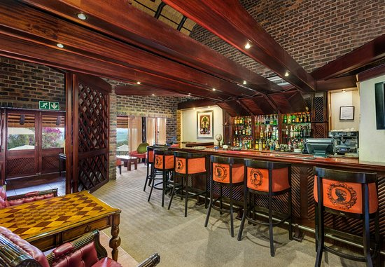 Protea Hotel by Marriott Hazyview: Bar