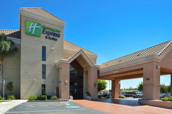 Lathrop, CA: Hotel Exterior