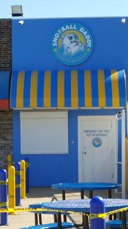 Poplar Bluff, MO: Sno-Ball Daddy - Storefront