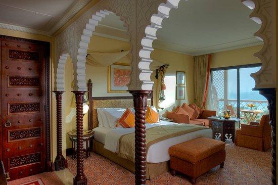 Jumeirah Al Qasr at Madinat Jumeirah : Ocean Deluxe Room