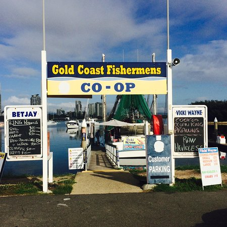 Main Beach, Australia: BEST FRESHEST PRAWNS AT THE MOST COMPETITIVE PRICES.